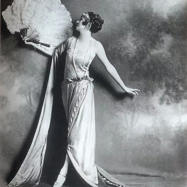 Irene Castle in Madeleine Vionnet Dress, 1922